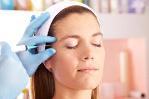 Как используется ботулотоксин в косметологии
