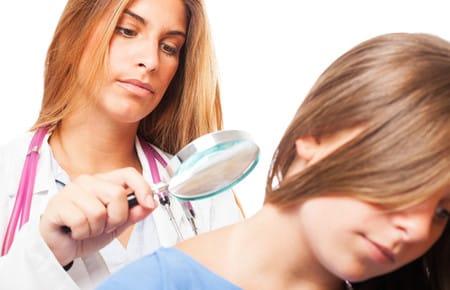 Как появляются плоские бородавки и чем их лечить