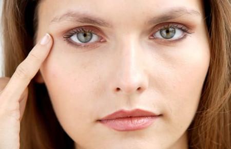 Как мезотерапия влияет на кожу вокруг глаз
